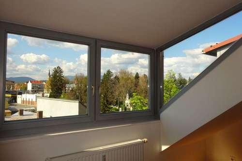 Sehr moderne, zentral gelegene 2-Zimmer-Wohnung mit Schlossbergblick und Traumaussicht über Graz
