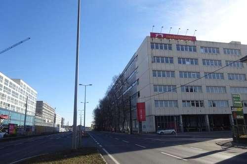 Freifläche mit sehr guter Infrastruktur in direkter Nähe zu den Autobahnauffahrten - Graz Puntigam