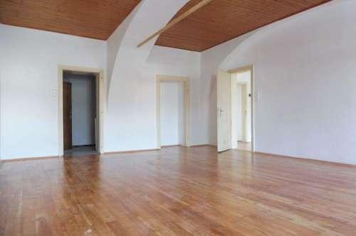 Vermietete, perfekt aufgeteilte 3-Zimmer-Altbauwohnung in absoluter Bestlage im Zentrum von Weiz - Attraktives Anlageobjekt