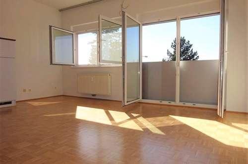 Wunderschöne 2-Zimmer-Wohnung mit KFZ-Abstellplatz