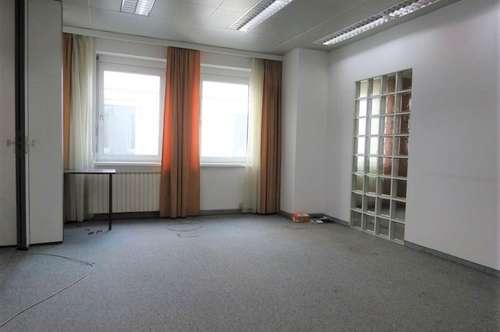 Lichtdurchflutetes, modernes Büro in frequentierter, zentraler Lage in unmittelbarer Nähe zum Grazer Hauptbahnhof