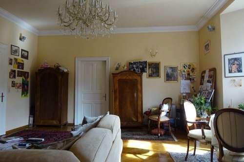 PROVISIONSFREI - Wunderschöne, sehr gepflegte 2-Zimmer-Altbauwohnung mit Balkon in Bruck an der Mur