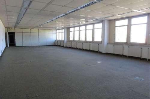 Großzügige, lichtdurchflutete Bürofläche in zentraler und frequentierter Lage im Grazer Bezirk Puntigam