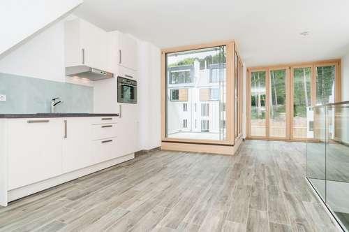Wohnen in tollem Ambiente! Wunderschöne 3 Zimmer Maisonette mit Balkon und Terrasse , Sauna Infrarot, Concierge Service