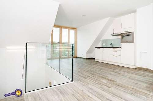 Exklusiv Wohnen... Wunderschöne 3 Zimmer Maisonette mit Balkon und Terrasse Wellnessbereich