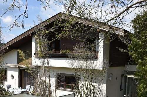 Familienwohnhaus in Sonnen- Ruhelage, Nähe Moosburg