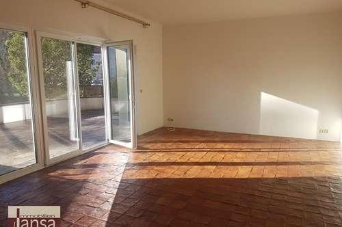 Modernisierte Erdgeschoß-Wohnung mit S/W-Terrasse sucht neuen Mieter