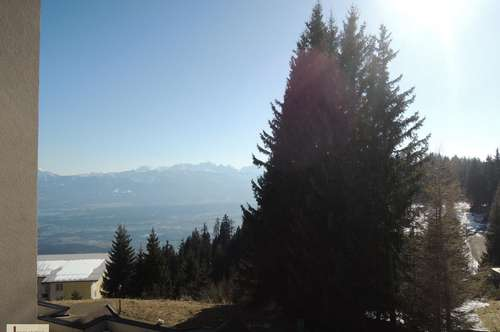 Gerlitzen - Möblierte 2-Zi.-Ferienwohnung mit spitzen Aussicht vom Balkon