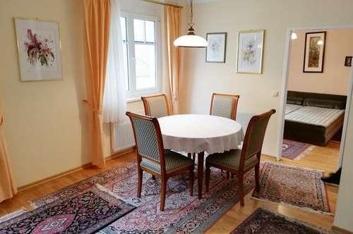 Sehr schöne 2 Zimmer Innenstadt Wohnung in Badener Bestlage