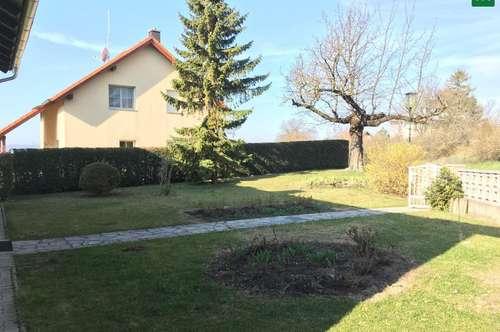 gemütliches Haus mit Terrasse und Gartenanteil!