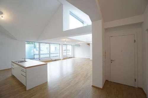 Erstklassige Dachgeschoßwohnung mit Terrasse auf der Freyung - Unbefristete Miete 1010 Wien