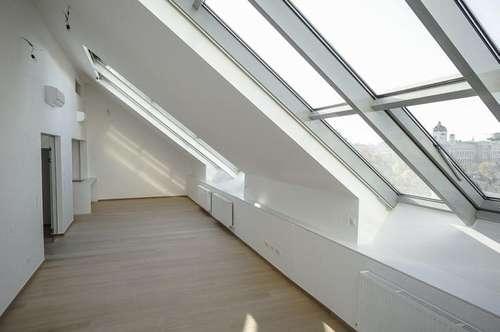 Dachgeschoß-Refugium - 3 Zimmer mit Terrasse und tollem Fernblick - Erstbezug - Miete 1010 Wien