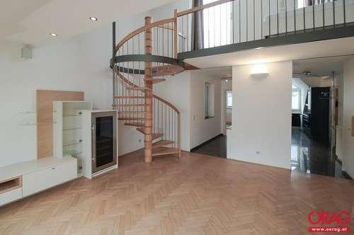 Zwei-Zimmer-Dachgeschoßwohnung mit 12 m²-Terrasse nahe Rudolfsplatz - Miete 1010 Wien