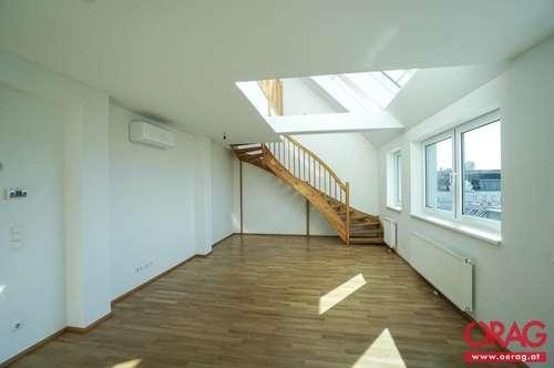 Lichtdurchflutete Dachgeschoß- Maisonette mit 27 m² Terrasse - in 1090 Wien zu mieten