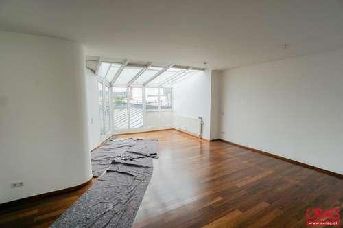 Traumhaftes Palais: 7-Zimmer-Dachgeschoßmaisonette mit sonnige Terrasse - Miete 1090 Wien