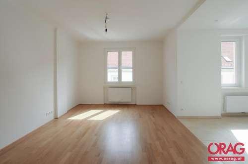 Zentral gelegene 3-Zimmer Altbauwohnung nahe Schwedenplatz - unbefristete Miete in 1010 Wien