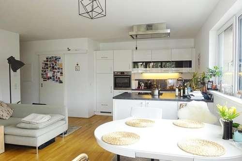Wohnen mit Stil - Tolle 3 Zimmer Wohnung mit Sonnenterrasse