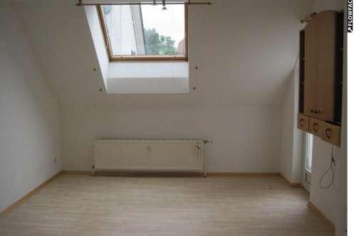 Dachgeschosswohnung mit Terrasse zu vermieten! Miete oder Kauf!