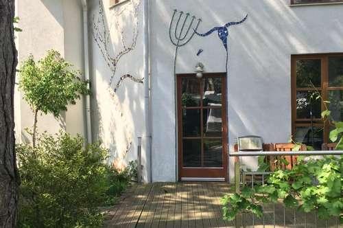 Schönes Haus mit großem Garten in Traumruhelage