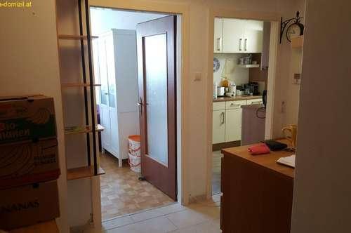 helle, gemütliche 3 Zimmer Wohnung- Informationen auch auf Russisch