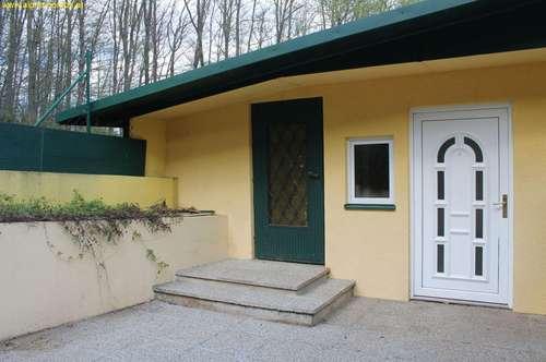 Gepflegtes Einfamilienhaus in sonniger Ruhelage am Waldrand gelegen