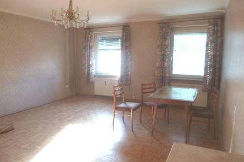 Sanierungsbedürftige 2-Zimmerwohnung!