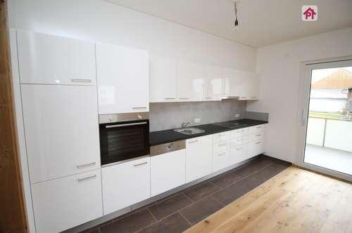 Schmidham: großzügige 3 Zimmer Wohnung mit Carport und KFZ Freistellplatz, TOP 5