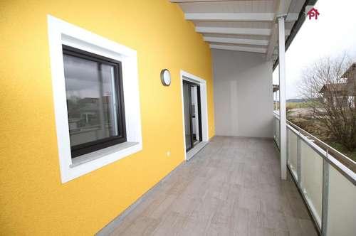 Schmidham: großzügige 3 Zimmer Wohnung mit Carport und KFZ Freistellplatz, TOP 2