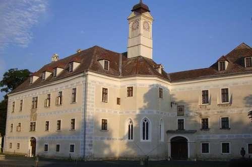 Herrschaftliches Wohnen im Schloss