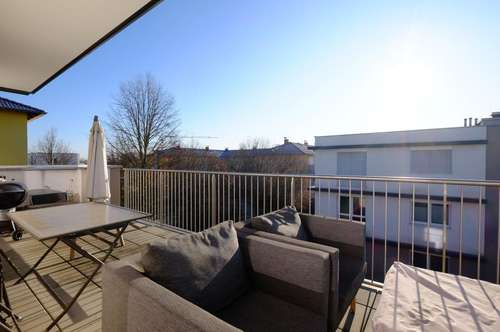 Pasching: Stylishe Terrassenwohnung im obersten Stock