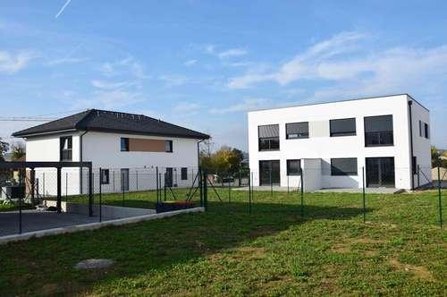 Moderne Doppelhaushälfte von ELK BAU! TOP 16