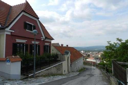 Charmante Villa mit Garten in Bestlage zu vermieten!