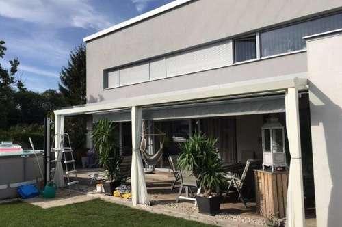 Modernes Niedrigenergiehaus in ruhiger Siedlungslage!