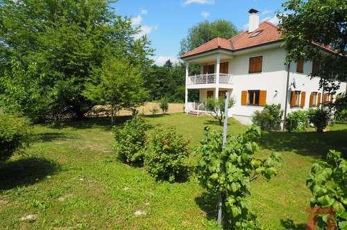 Mehrfamilienhaus in bevorzugter und sonniger Ruhelage, fußläufig zum Zentrum von Velden