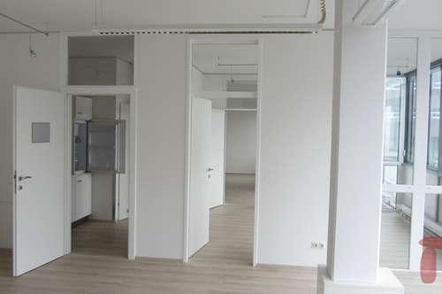 Wohnung oder Geschäftsräumlichkeit ca.104 m2 in Oberndorf/Zentrum!