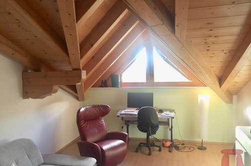 Gemütlich und geräumig im Dachgeschoss wohnen