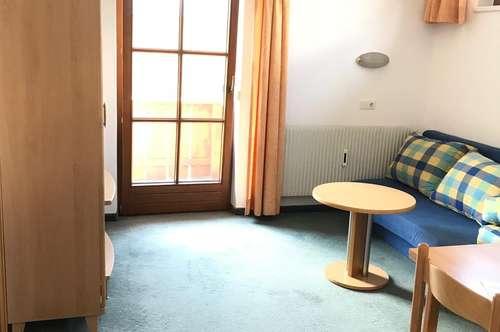 Geräumige 1,5 Zimmer Wohnung
