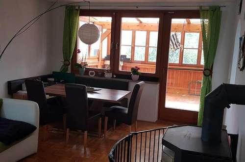 Moderne 4 - Zimmer- Wohnung mit Sommergarten