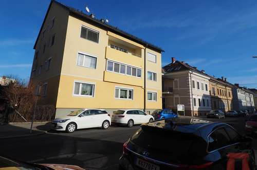 Schön und Sonnig Wohnen in Nähe des Klinikum Klagenfurt
