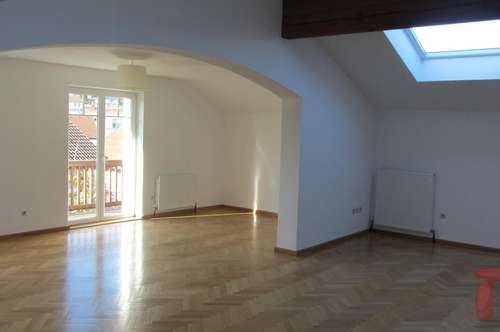 4- ZW ca. 145 m2 + neue Küche + Balkon in Henndorf/Zentrum!
