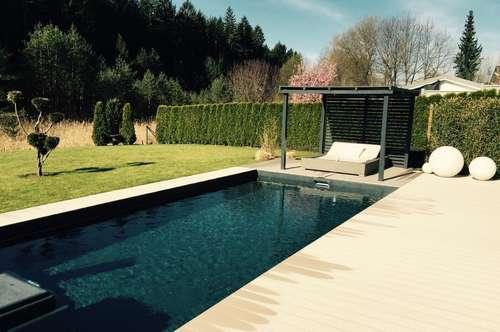 Velden: Moderne, stylische Villa in absoluter Ruhelage