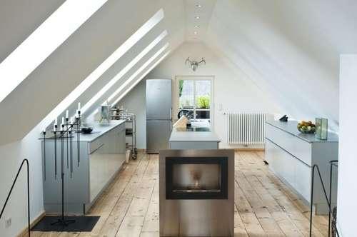 Designer-Landhaus mit extravaganter Innenausstattung und Einliegerwohnung