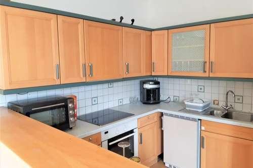 Große, helle 3 Zimmer Wohnung mit Balkon in Pottenstein!