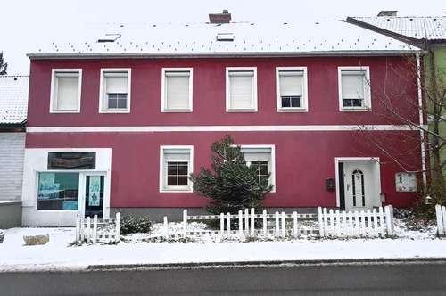 Wunderschönes Einfamilienhaus mit Garten in sehr guter und sehr beliebter Wohngegend