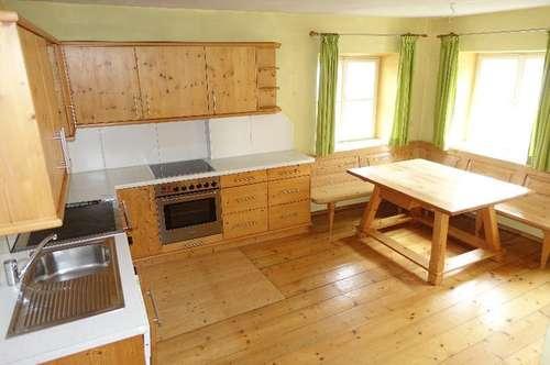 Halleiner - Altstadt - Rarität: 2,5 Zimmer - Maisonette - Wohnung mit Garten zu vermieten