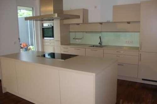 moderne 3 Zimmerwohnung auf 93m2 - 53m2 Terrasse und Tiefgarage um € 1498.--