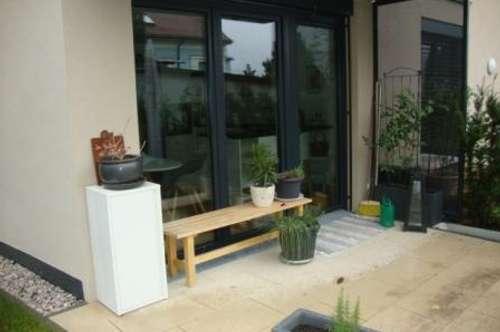2 Zimmer Gartenwohnung mit Tiefgarage um € 965.--