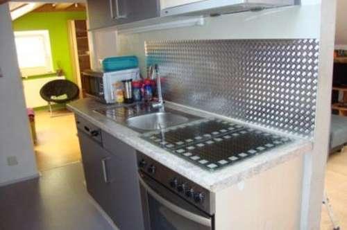 Zirl: 2 Zimmer Mansardenwohnung auf ca. 55 m2 mit Keller und Parkplatz um € 580.--