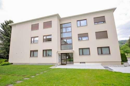 Ruhig gelegene 4-Zimmer Eigentumswohnung in Höchst