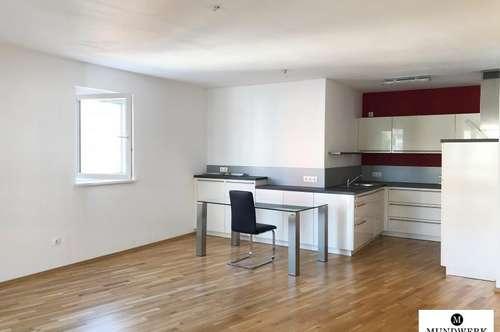 MODERN LIVING IN ST. PETER - großzügige 4 Zimmerwohnung mit Balkon - WG geeigent - ab sofort!